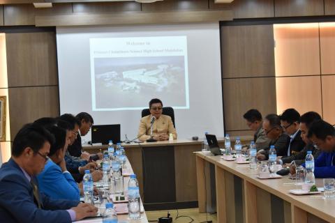 activity-meeting-director-mukdahan